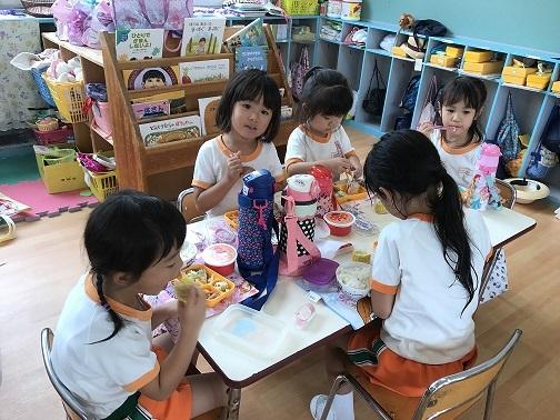 高知幼稚園お弁当の時間